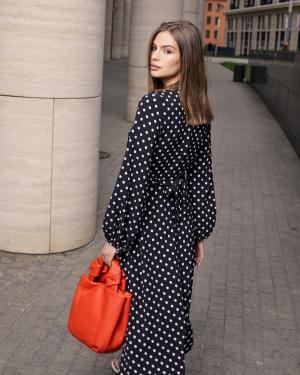 Публикация c товаром Платье арт.D0819004 Цвет: Черный крупный горох бренда YOU в Instagram
