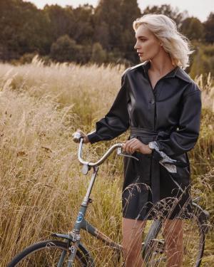Публикация c товаром Платье арт.D0820001 Цвет: Черный бренда YOU в Instagram